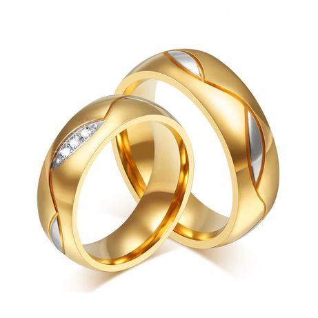 Romantyczna Para Złotych Obrączek Ślubnych
