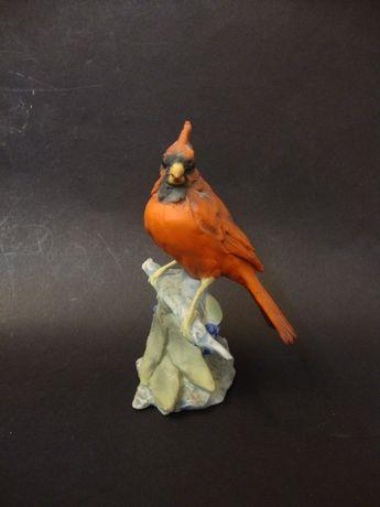 Pássaro em ramo, escultura em biscuit alemão