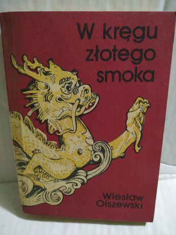 Olszewski w kręgu złotego smoka A237