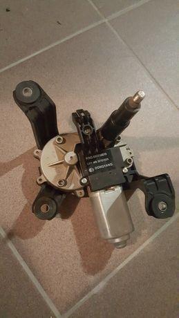 Silnik wycieraczki tył astra J IV
