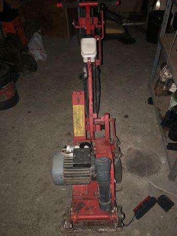 Maszyna VEM do zrywania wylewek, płytek, parkietów, papy i
