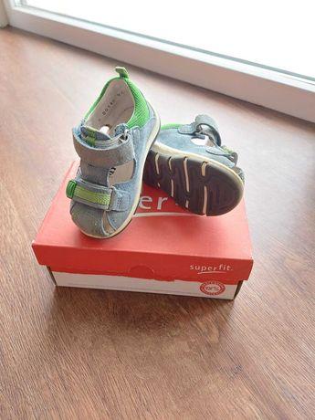 SuperFit ортопедичне взуття для малюка