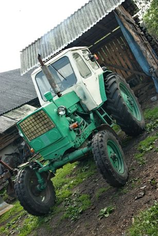 Трактор ЮМЗ-6 сільськогосподарський