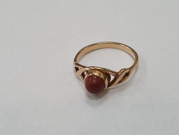 Klasyczny! Piękny złoty pierścionek damski/ 585/ 2.5 gram/ R13/ Gdynia