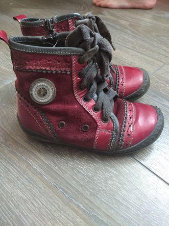 дитяче, шкіряне, осіннє взуття для дівчинки