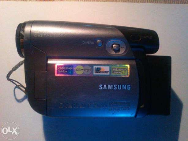 Видеокамера SAMSUNG vp dc171