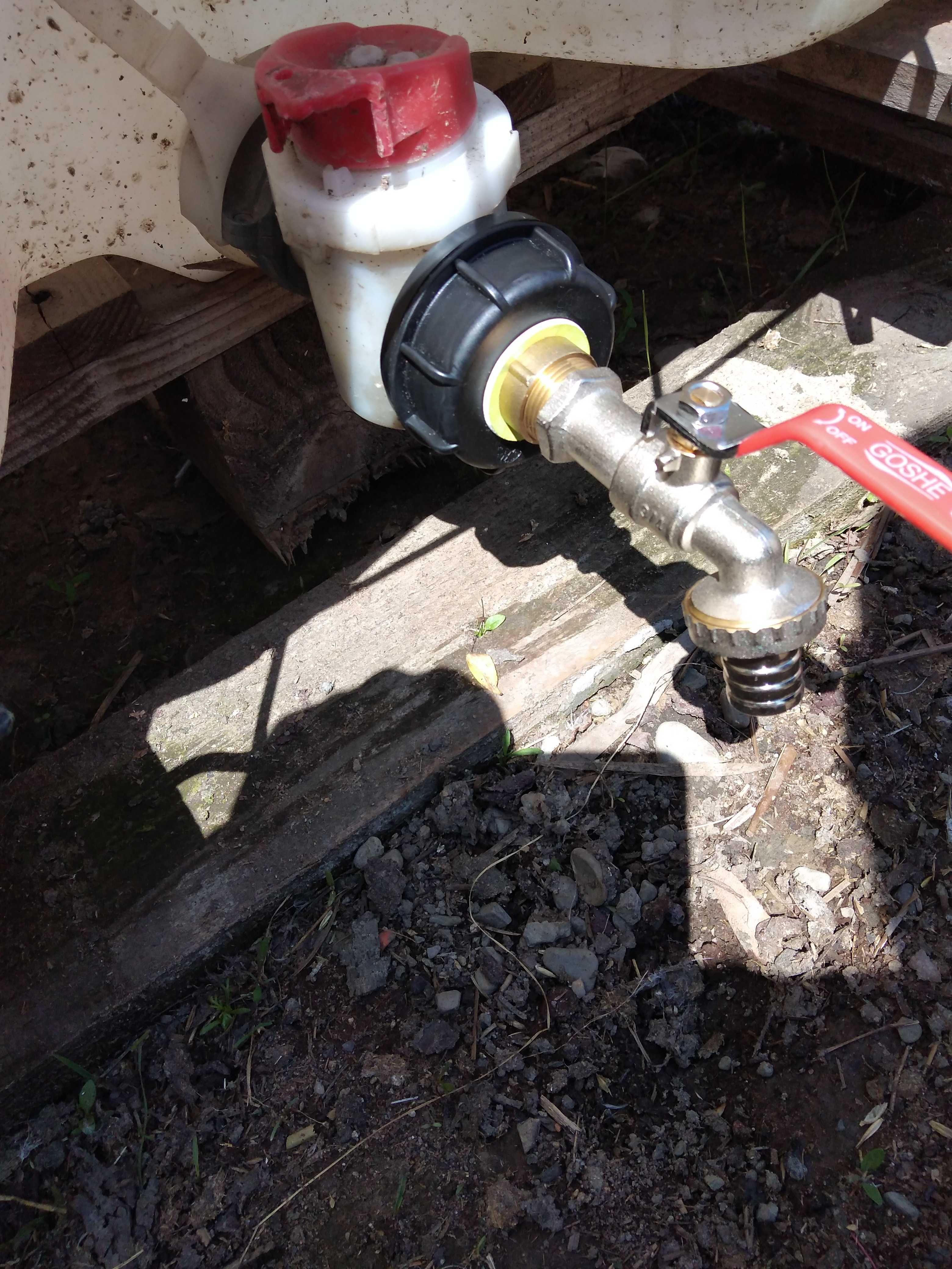 Kranik wylewka kran zawór mauzer mauser 1000l zbiornik IBC