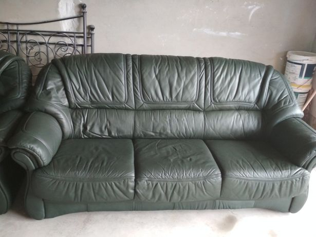 продам шкіряни спальний уголок+крісло
