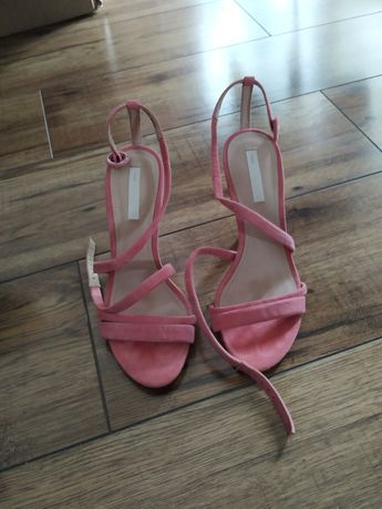 Różowe zamszowe szpilki 37 H&M