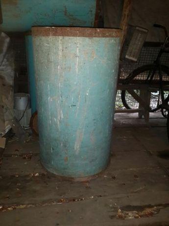 200-т литровые бочки для зерна