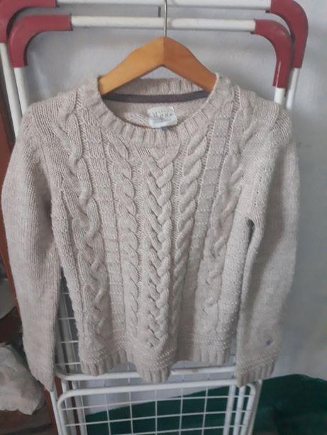 Продаю свитер.