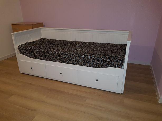Rezerwacja. Łóżko Ikea Hemnes .