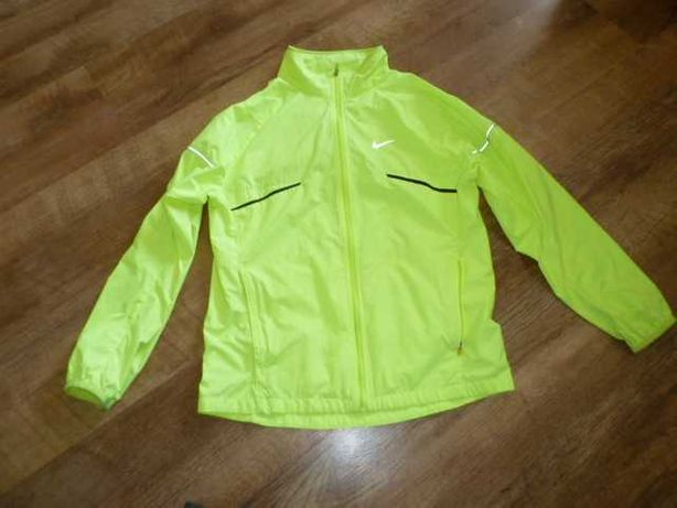 Яркая спортивная куртка на 10-12 лет найк nike, тренировочная ветровка