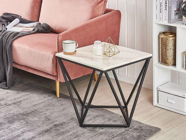 Mesa de apoio com efeito de mármore branco e pés pretos MALIBU - Beliani