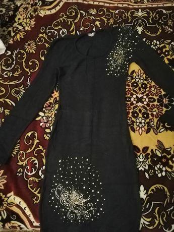 Продам черное платье