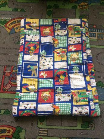 Одеяло(синтепон)и постельное в кроватку