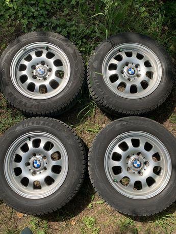 Komplet felg BMW + opony Good Year zimowe 195/65R15
