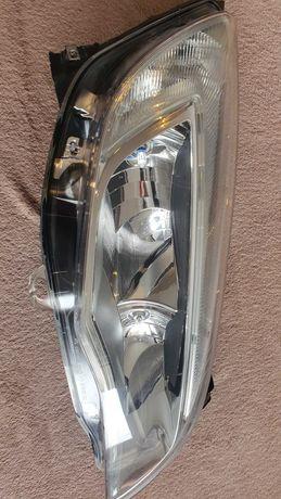 Reflektor,lampa astra j prawa UK
