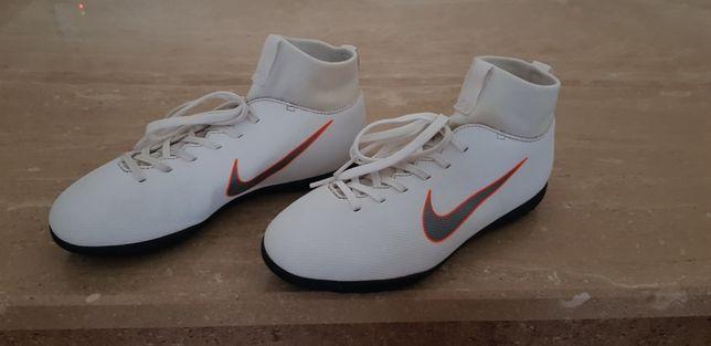 Turfy Nike 38 (24cm)