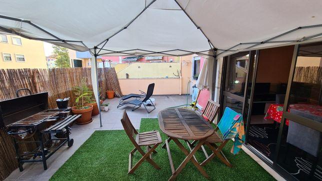 T2 com terraço , garagem terraço e arrecadação em Massama