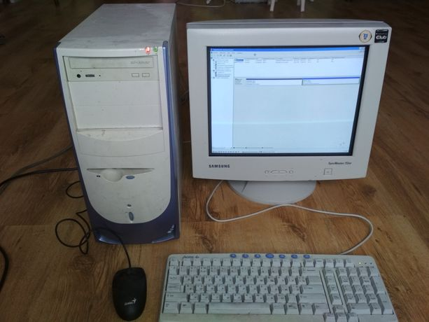 Компьютер настольный монитор