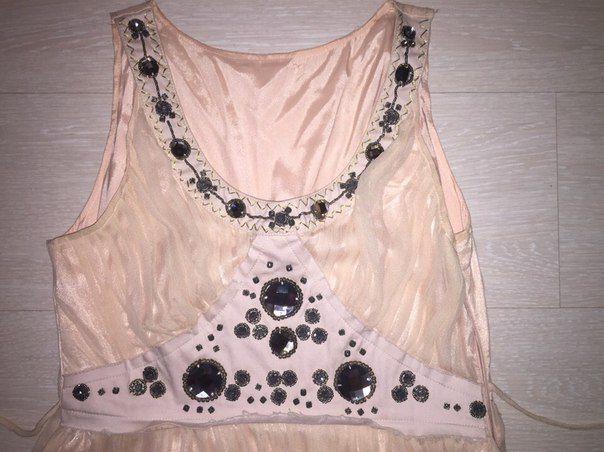 Продам Нарядное и красивое платье