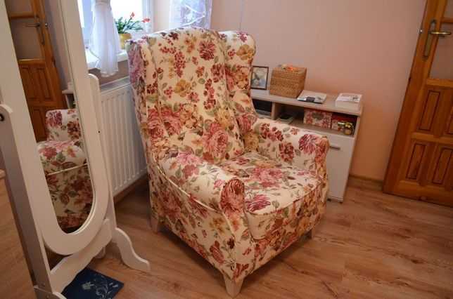 Fotel Uszak Uszatek kominkowy stylowy do sypialni JAKO