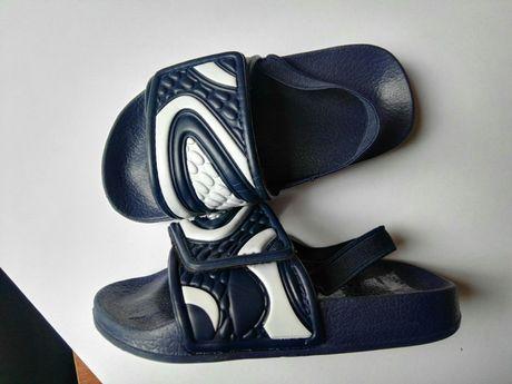 Детские шлепки 24-25 размер 15.5 см на липучке новые сандали босоножки