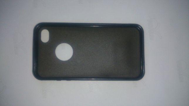 Чехол на iPhone 4/4S.