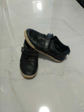 Продам туфлі- макасіни на хлопчика