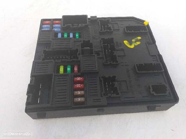 284B66727R  Caixa de fusíveis RENAULT MEGANE IV Hatchback (B9A/M/N_) 1.2 TCe 130 (B9MR) H5F 408