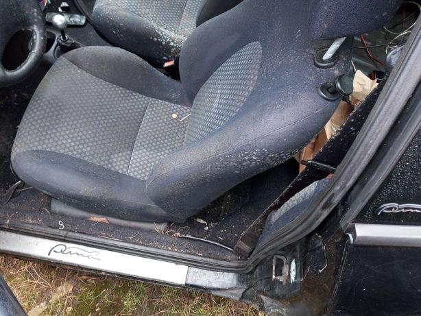 Ford Puma fotel kierowcy lewy przód Europa