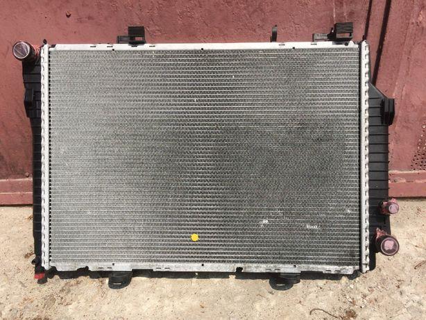 Радиатор mercedes W202 АКПП A2025006403