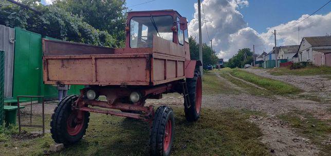 Трактор Т-16 с прицепом