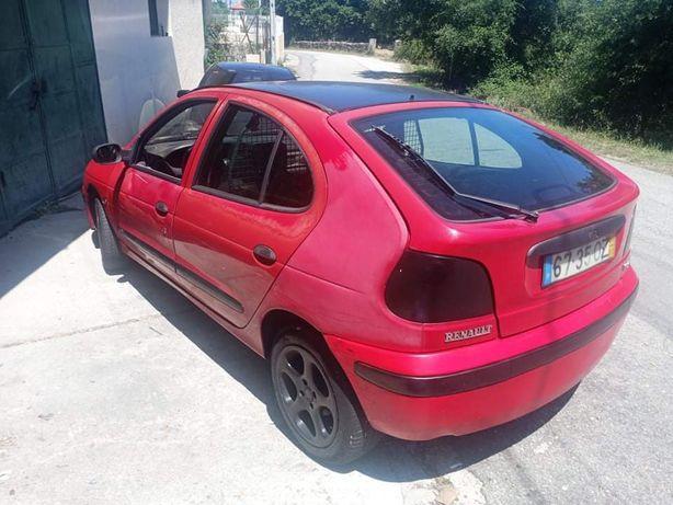 Renault Megane 1.9 turbo ano 2000