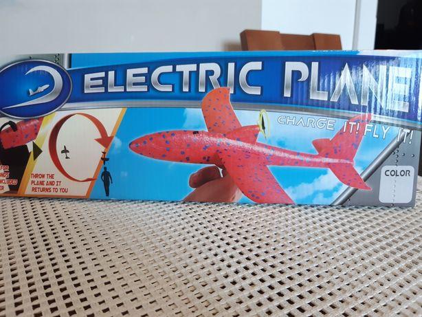 Samolot styropianowy z ładowarką