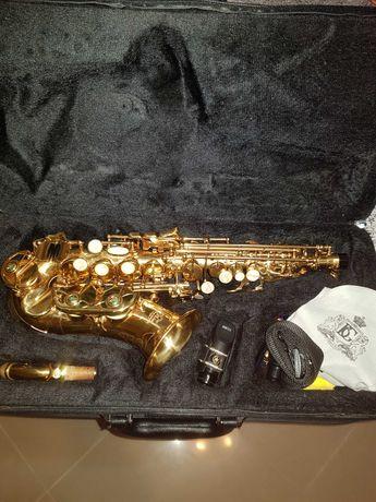 Saxofone Soprano Curvo J Michael 700 com estojo