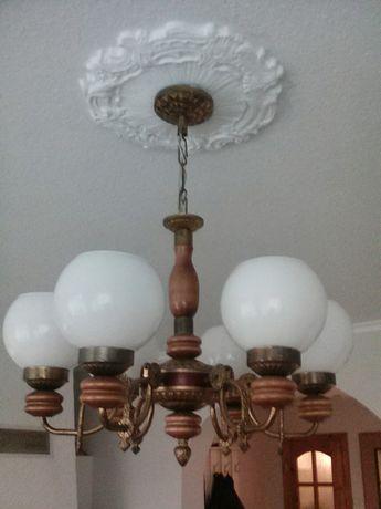 Żyrandol, lampa, kinkiet, oświetlenie, żarówki