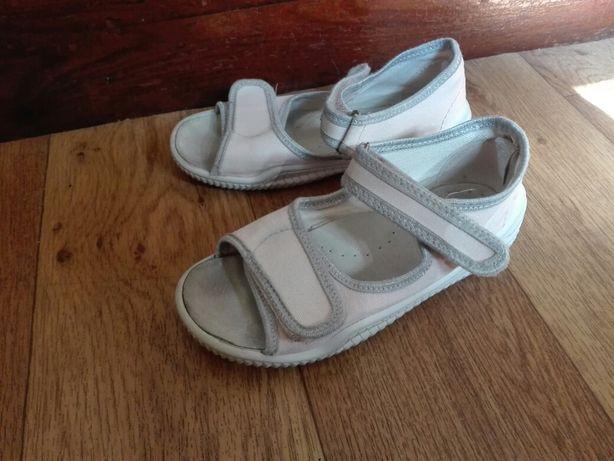 Pantofle przedszkolne 29