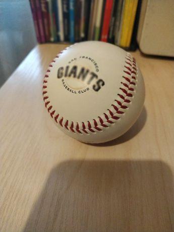Бейсбольний м'яч команди San Francisco Giants