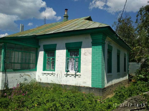 Добротный дом + 25соток приват. земли.