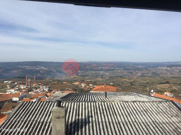 Moradia T3 em Sanfins do Douro
