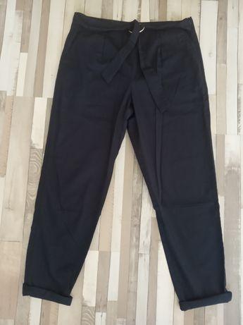 Spodnie cygaretki rurki, r. M, house