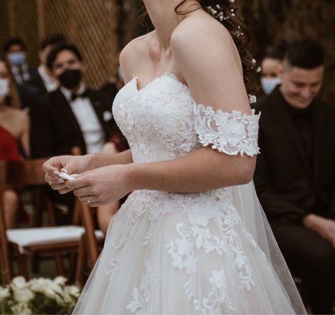Vestido de noiva LadyBird como NOVO usado UMA vez
