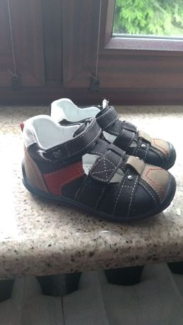 Sandałki dziecięce 21 Lasocki
