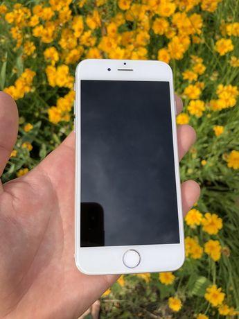 Продам iPhone 6 на 16g