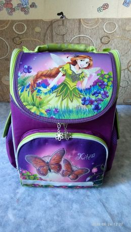 Продам школьный рюкзак Kite  1-4 класс