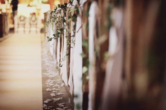 Wstążki na ławki/krzesła białe matowe, ślub rustykalny/boho, kościół