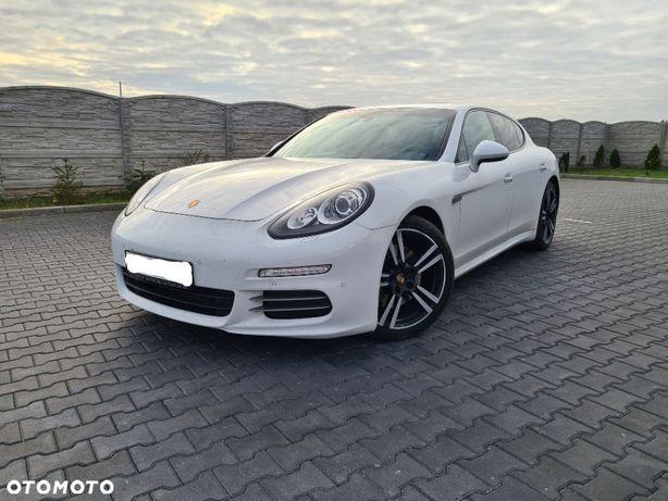 Porsche Panamera Porsche Panamera Biały