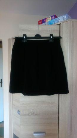 Spódnica mini tulipan czarna a'la wełna rozmiar 40